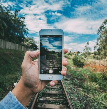 jak zgrać zdjęcia z telefonu na komputer